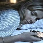 4 Bahaya Penggunaan Gadget Sebelum Tidur Bagi Kesehatan, Waspadalah!