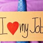 4 Cara Membuat Karyawan Tetap Termotivasi dan Mencintai Pekerjaannya