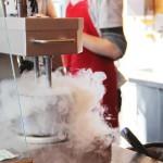 Dr. Frozen ~ Bisnis Waralaba Es Krim Nitrogen Yang Menggiurkan