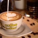 """Odi Anindito dan Rakhma Sinseria – Pendiri Kedai Kopi Sukses """" Coffee Toffee """""""