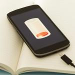 5 Mitos Salah Kaprah Tentang Pengisian Daya Baterai Smartphone