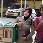 Fersya Solehudin ~ Bantu Orang Tua Mencari Nafkah, Berjualan Bothok Secara Online