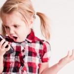 4 Tips Bagi Orangtua Menjaga Anak Tetap Aman Saat Bermain Instagram