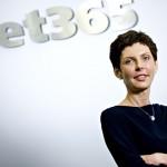 Denise Coates ~ Raup Miliaran Dollar dari Situs Online Betting Bet365