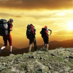 Mengintip Peluang Raup Untung Dari Tren Mendaki Gunung