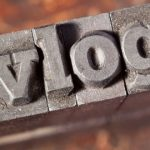 Vlogger ~ Cara Ngeblog Berbeda Yang Semakin Populer