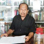Yayan Tahyan ~ Mantan Kadisidik Yang Mengelola Toko Perlengkapan Sekolah Gratis Bagi Warga Tidak Mampu