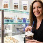 Kat Cole ~ Pelayan Dari Keluarga Miskin Yang Sukses Menjadi Pengusaha Roti Kelas Dunia