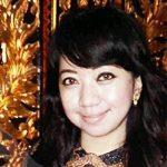 Rumah Songket Adis, Cerdas Memilih Peluang Berbisnis Kain Songket Via Media Sosial