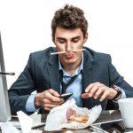 Punya Rekan Kerja yang Malas? Lakukan 6 Tips Ini Untuk Menghadapi Mereka