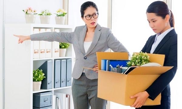 Postingan di Media Sosial yang Bisa Bikin Karyawan Dipecat